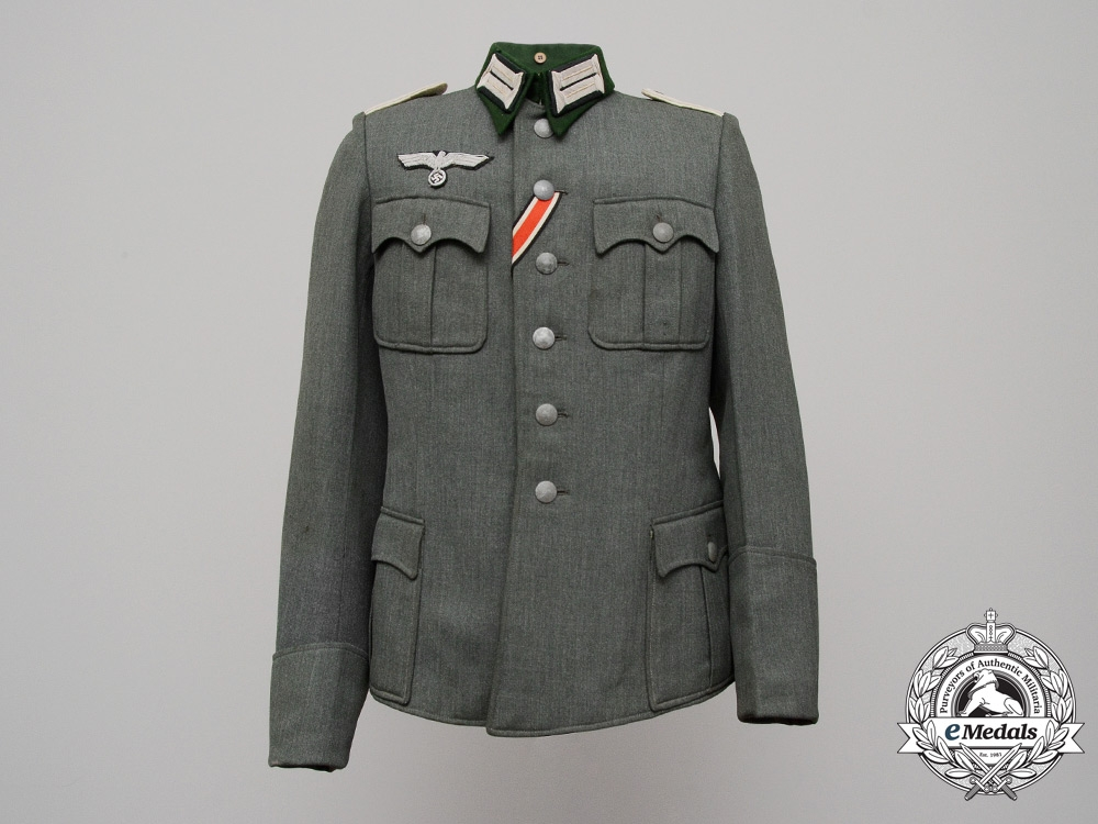 eMedals-An Army (Heer) Infantry Lieutenant (Leutnant) Officer's Tunic