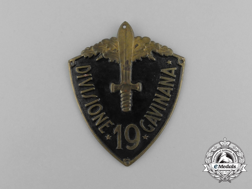 "eMedals-An Italian 19th Infantry Division ""Gavinana"" Sleeve Shield"