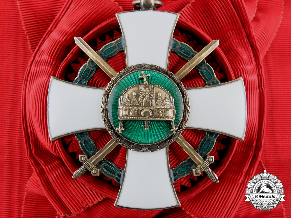 eMedals-Hungary, Kingdom. An Order of the Holy Crown, Grand Cross with Swords, c.1943