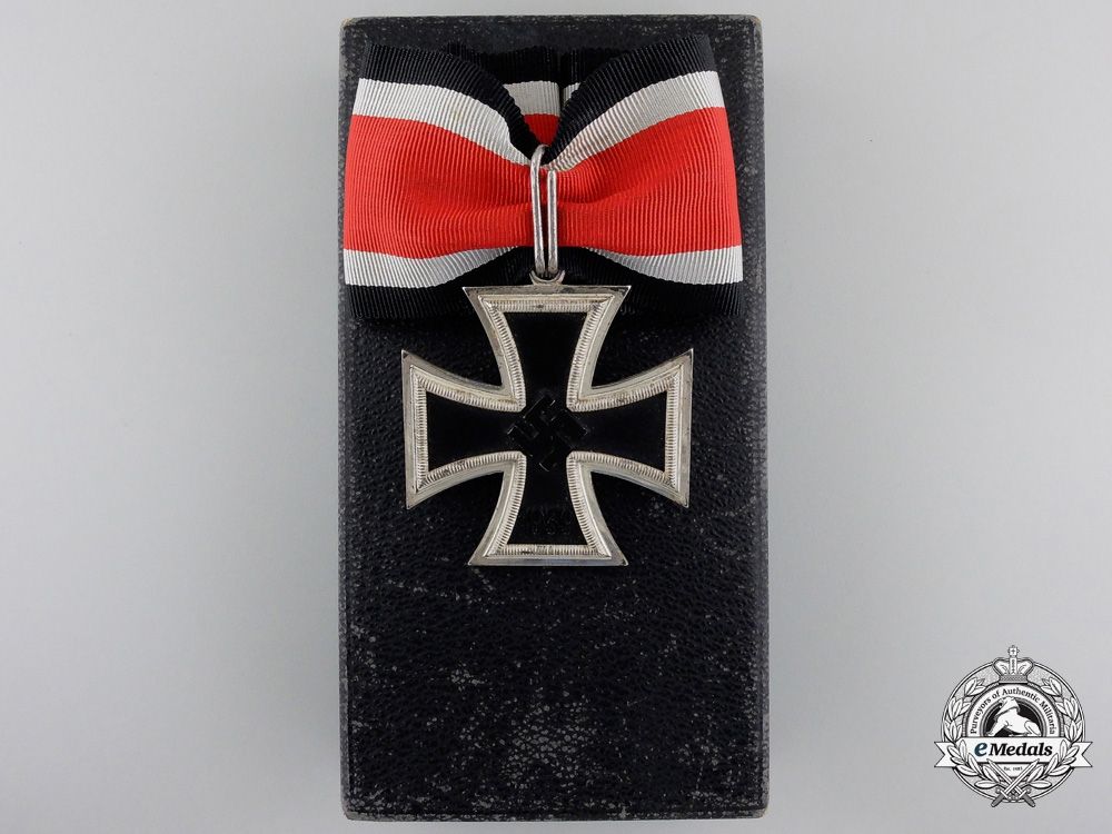 eMedals-A Knights Cross of the Iron Cross 1939 by Steinhauer & Luck