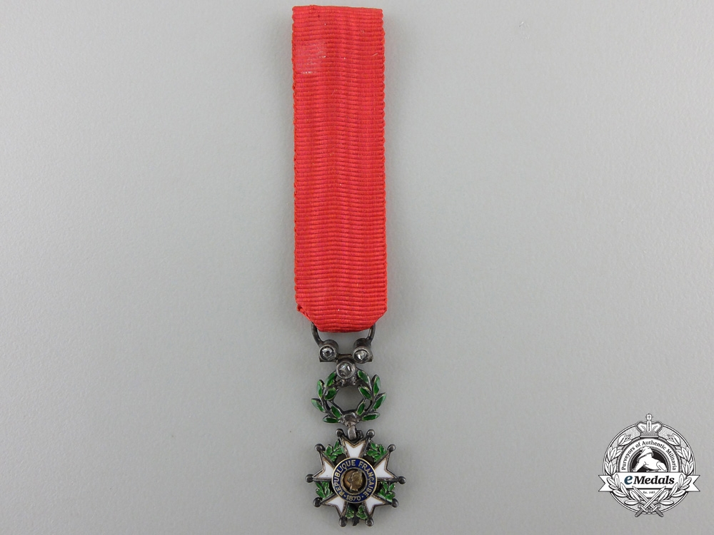 eMedals-A Miniature French Legion D'Honneur with Diamonds