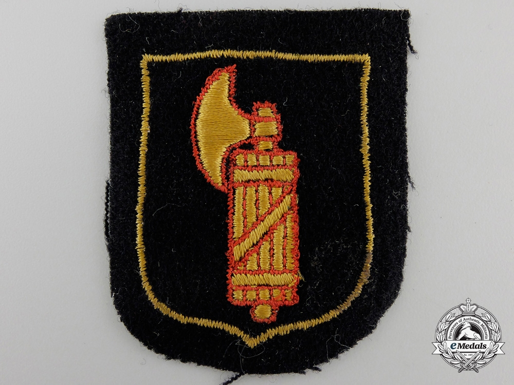 eMedals-An Italian SS Volunteer Sleeve Shield