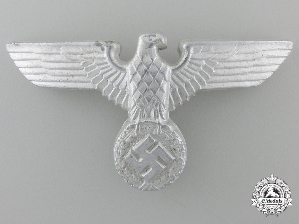 eMedals-An SA/Political 1939 Cap Eagle by Augustin Hicke