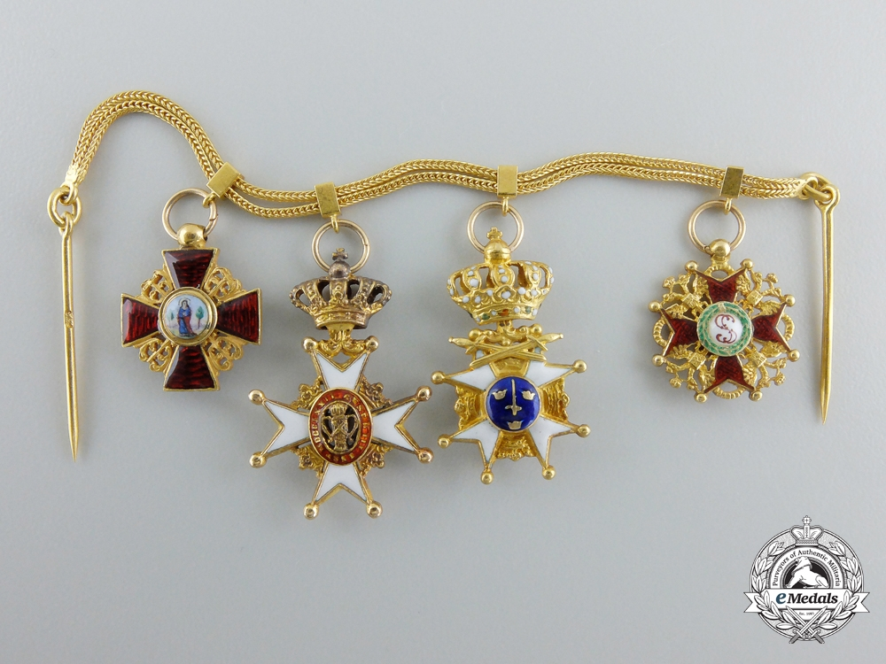 eMedals-An Exquisite Miniature Grouping in Gold