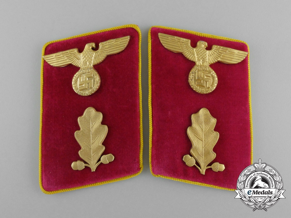 eMedals-A Pair of Reich Level Abschnittsleiter Collar Tabs