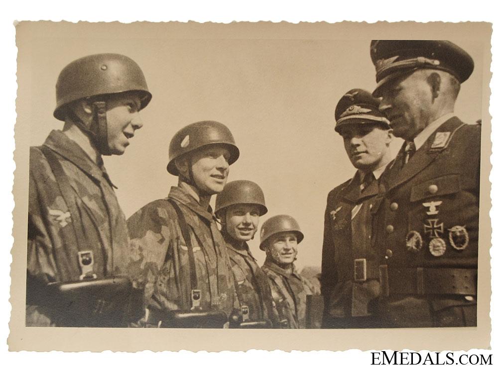 eMedals-Fallschirmjäger Photograph