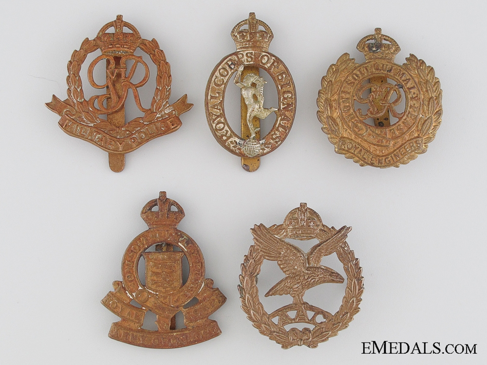 eMedals-Five First and Second War British Cap Badges