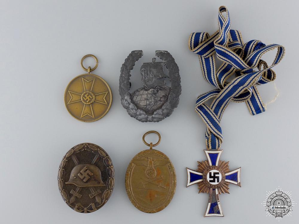eMedals-Five Second War German Medals and Badges