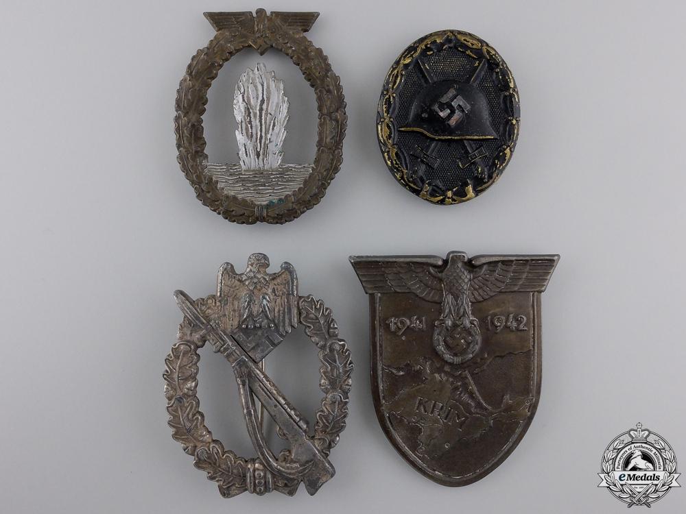 eMedals-Four Second War German Badges & Awards
