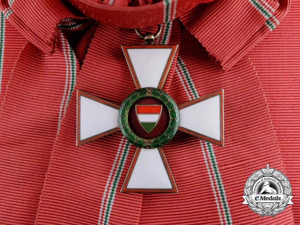 eMedals- A 1944-1949 Republic of Hungary Order of Merit; Grand Cross