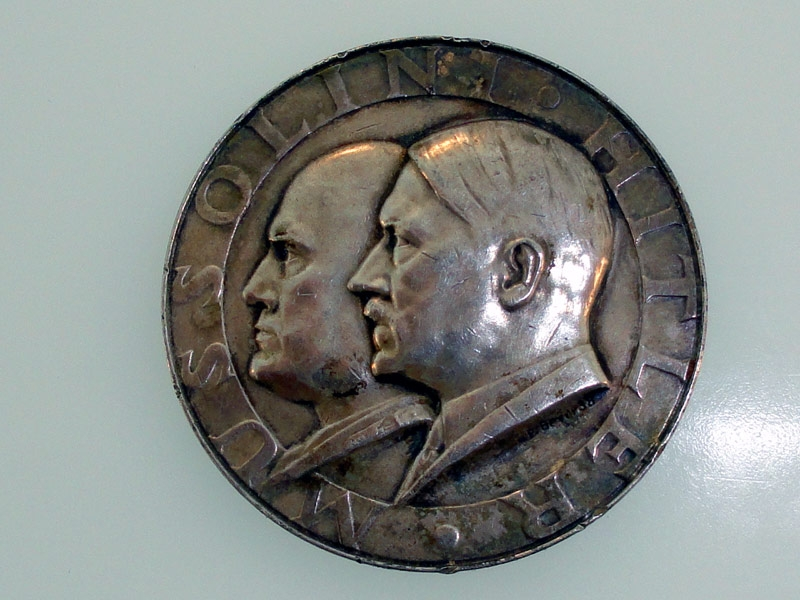 eMedals-Mussolini-Hitler Silver Medal