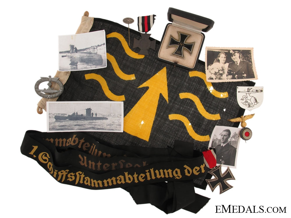 eMedals-U-Boot Group to an Unidentified Officer with Rare crew badge