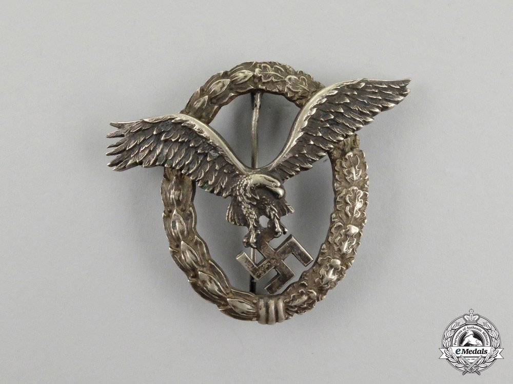 eMedals-Germany, Luftwaffe. An Early Pilot's Badge, by C. E. Juncker (J-1)