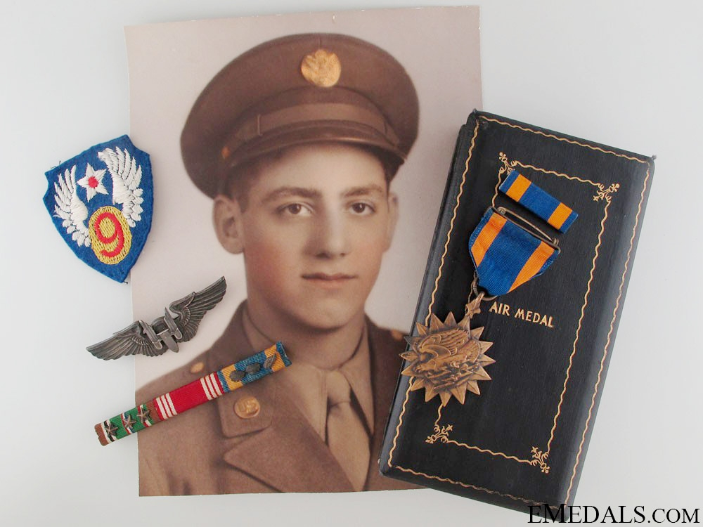 eMedals-WWII Army Air Force Group - Air Medal Recipient