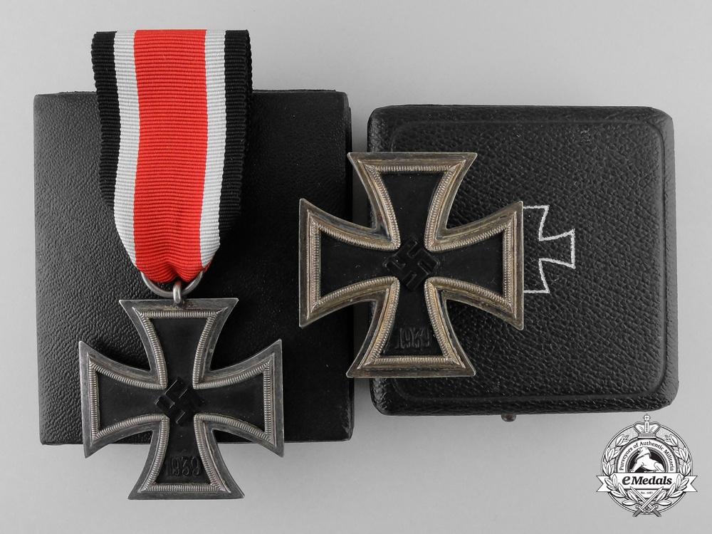 eMedals-The Iron Cross 1939  1st & 2nd Classes of Luftwaffe Oberleutnant Karl Schuh