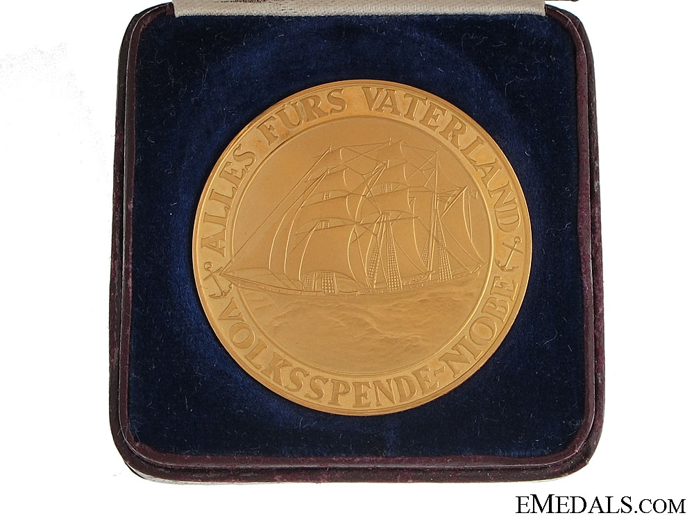 eMedals-Large Gold Niobe Medal - Cased