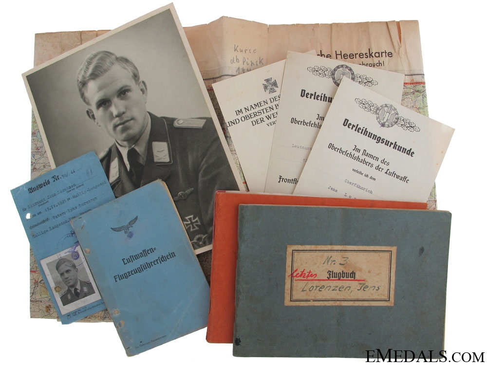 eMedals-Luftwaffe Group of Documents-Photos-Flugbuch, & More