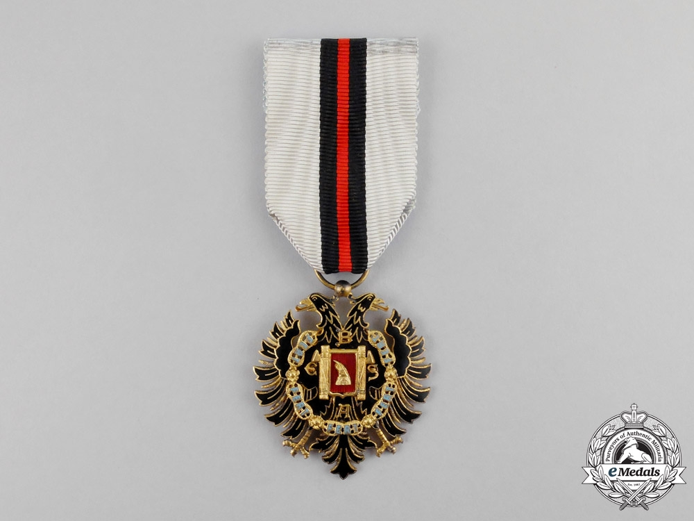 eMedals-Albania, Italian Protectorate. An Order of Fidelity, Knight's Badge, c.1942