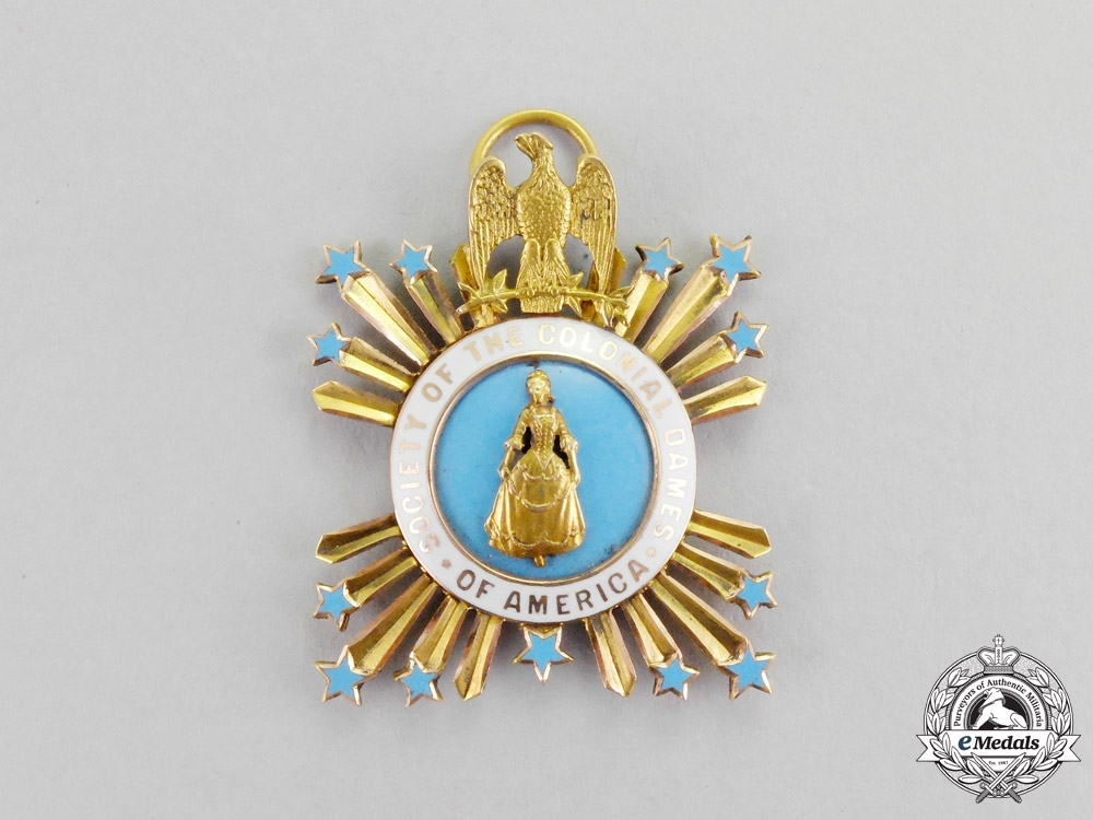 eMedals-United States. An American Society of the Colonial Dames of America Membership in Gold, Breast Badge, c. 1880