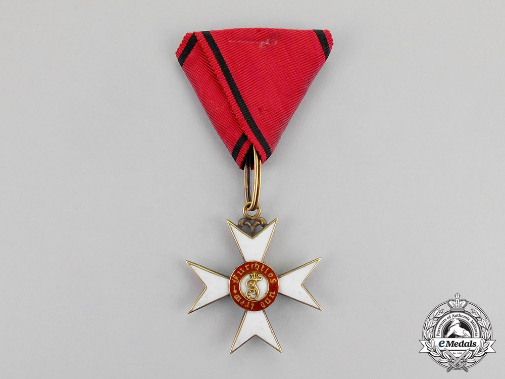 eMedals-Württemberg. An Order of the Crown in Gold, 1st Class Knight's Cross, c.1900
