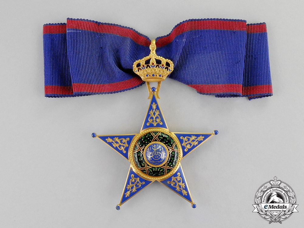 eMedals-Egypt, Kingdom. An Order of Ismail in Gold, 1st Class Commander, by J.Lattes, c.1925