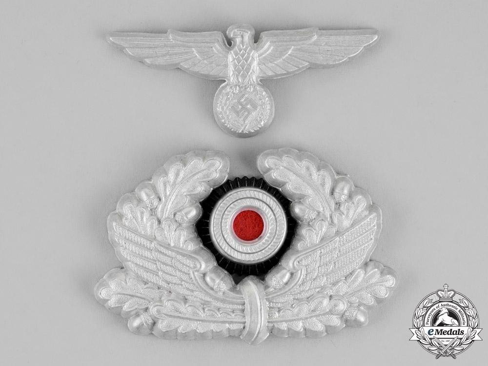 eMedals-Germany. A Complete Set of Bahnschutzpolizei Official's Visor Cap Insignia