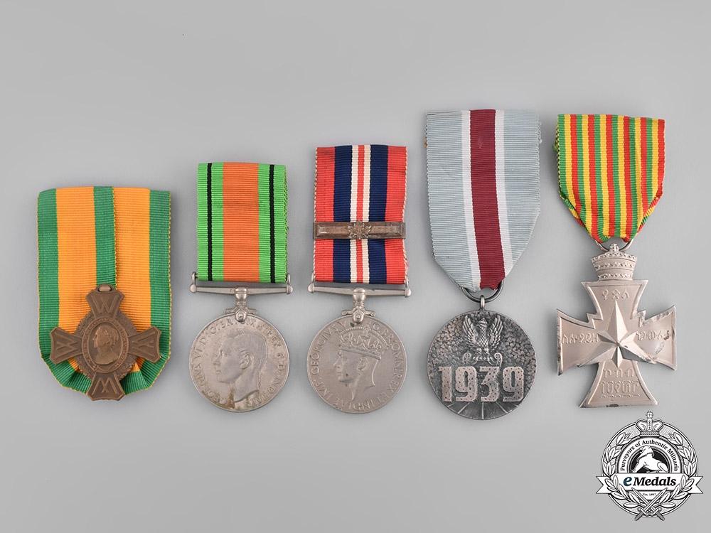eMedals-International. A Lot of Five Second War Medals