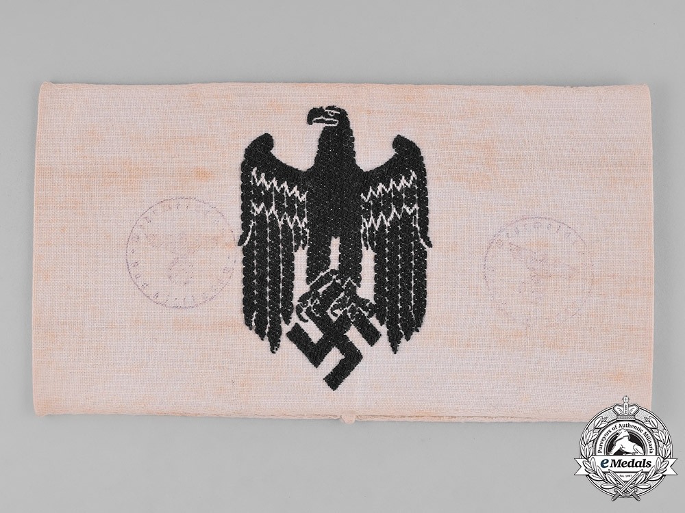 eMedals-Germany, Wehrmacht. An Armband for a Civilian in Service