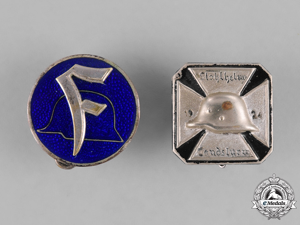 eMedals-Germany, Weimar. A Grouping of Stahlhelm Membership Badges