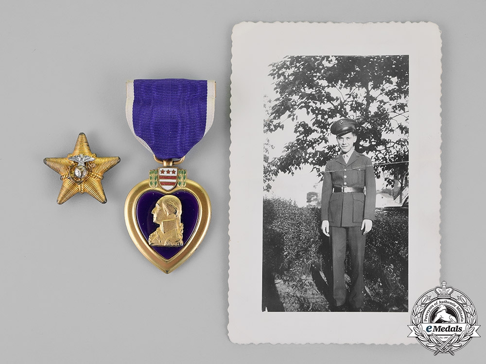 eMedals-United States. A Purple Heart to Private Creech, Jr., United States Marine Corps, KIA during the Battle of Tarawa, 1943