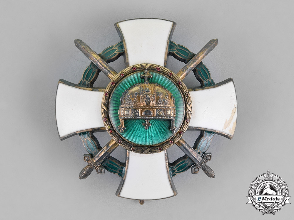 eMedals-Hungary. An Order of the Holy Crown, Officer Cross with Swords & War Decoration, c.1943