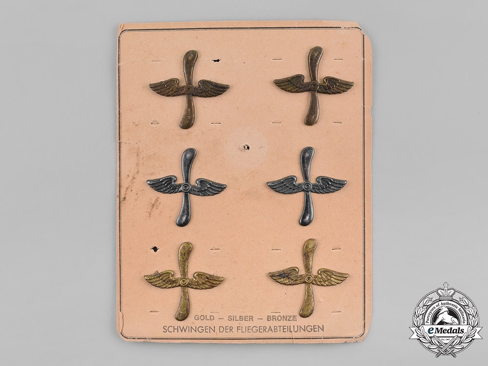 eMedals-Germany, Empire. A Set of WW1 Period Wings, on Salesman's Board