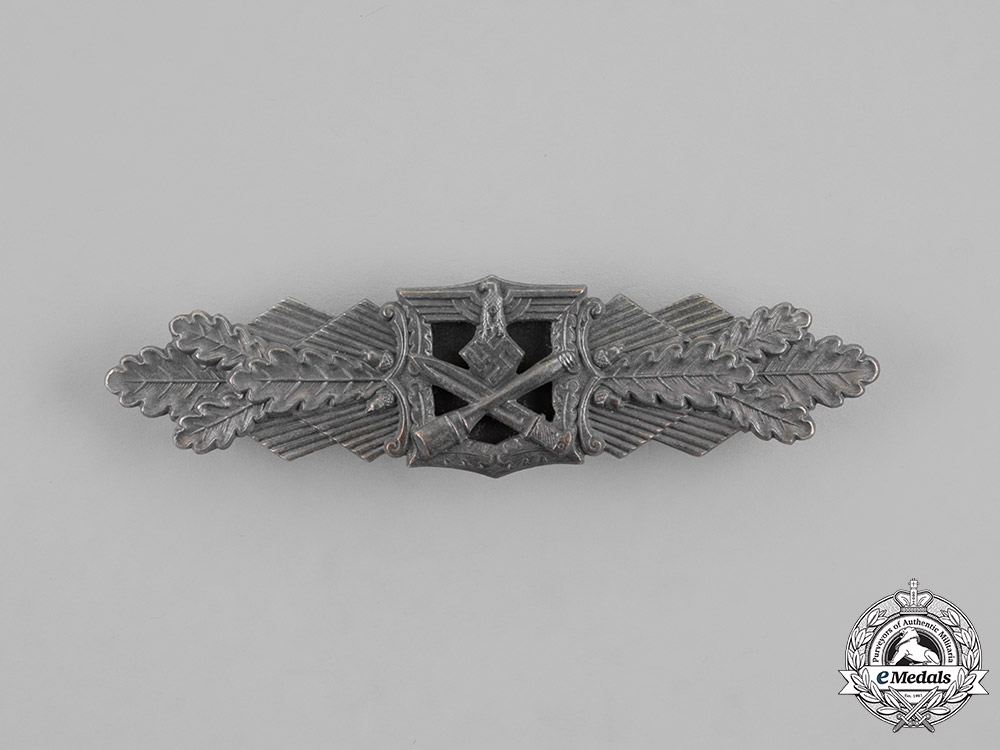 eMedals-Germany, Wehrmacht. A Close Combat Clasp, Silver Grade