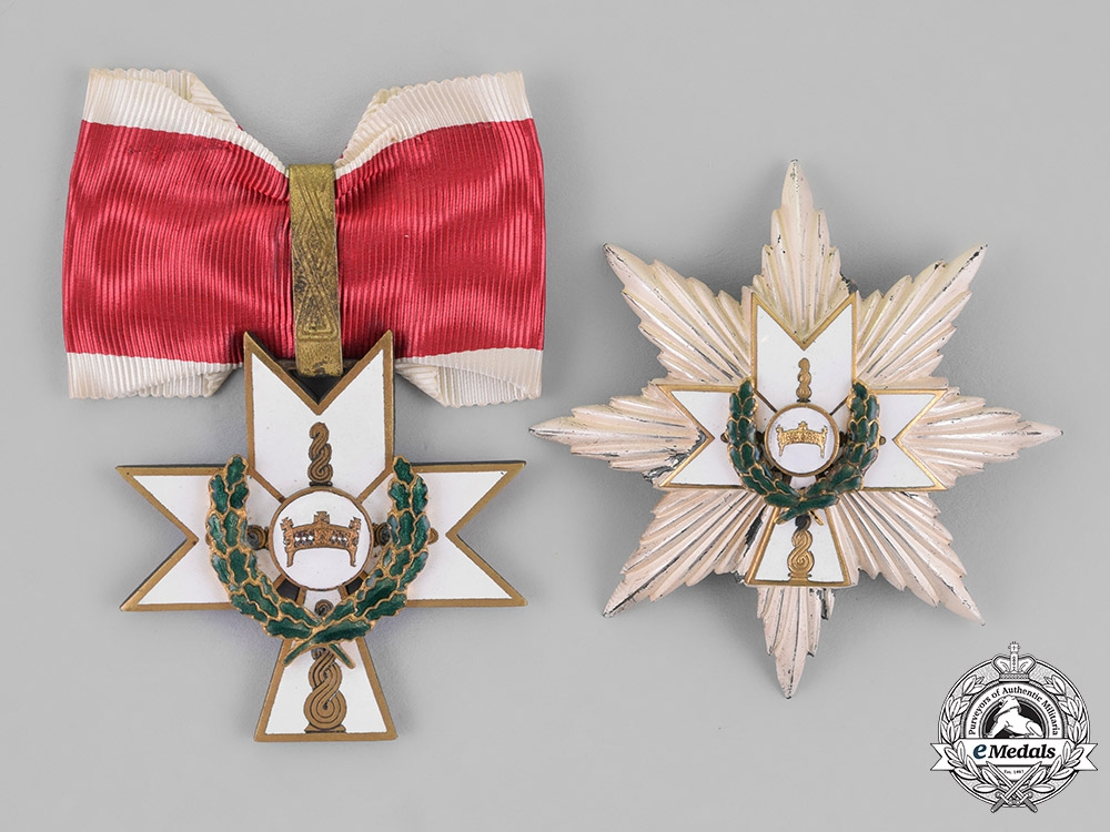 eMedals-Croatia, Independent State. An Order of King Zvonimir, 1st Class Grand Officer with Oak Leaves, by Braća Knaus, c.1941