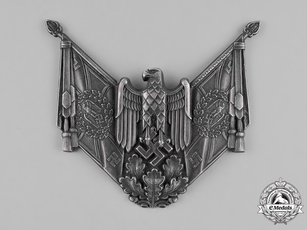 eMedals-Germany, Heer. A Central Plaque of an Heer/Army Gorget