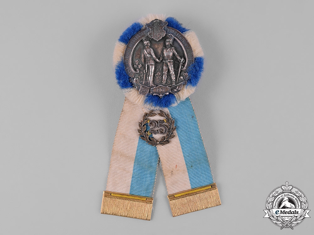 eMedals-Germany, Weimar. A Bavarian Regimental 25th Anniversary Reunion Badge by Gustav Deschler