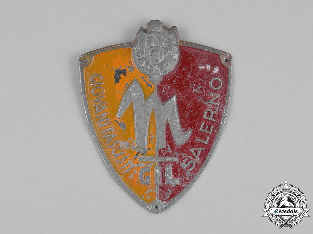 eMedals-Italy, Kingdom. GIL (Gioventu Italiana del Littorio) Giovani Fascist Youth Salerno Sleeve Badge