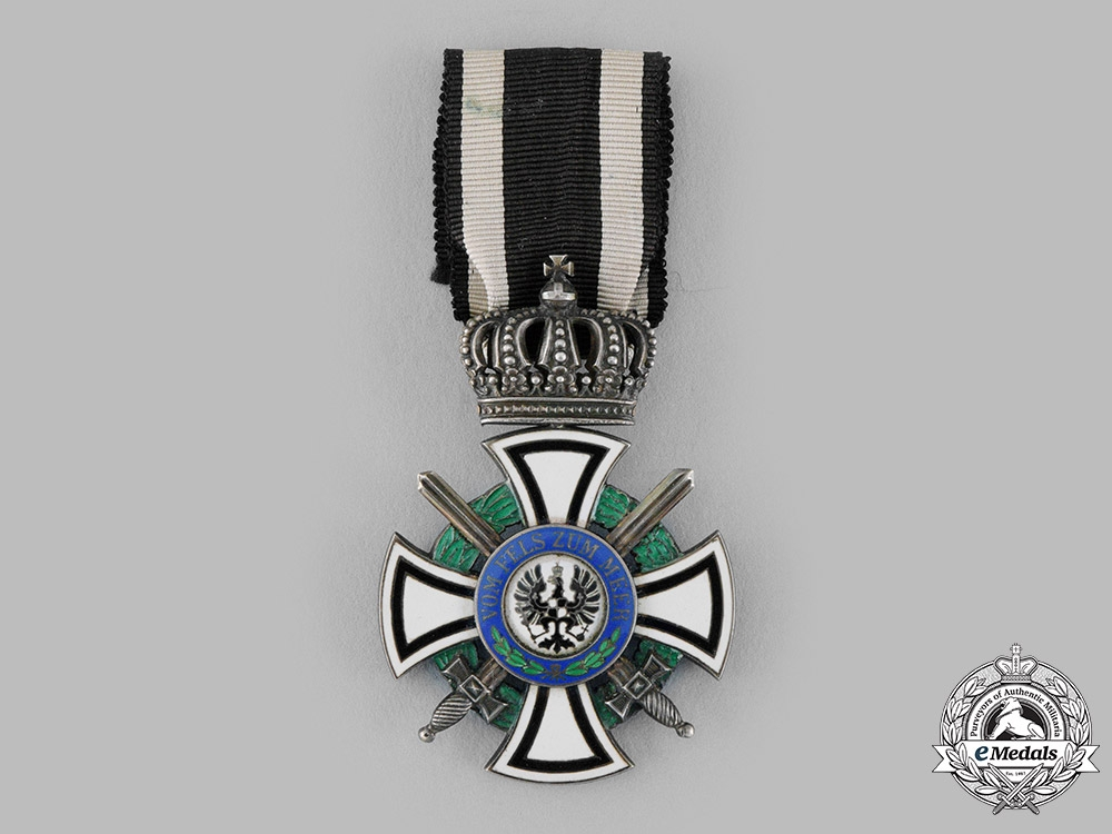 eMedals-Prussia, Kingdom. A House Order of Hohenzollern, Knight's Cross with Swords, by Wagner & Sohn, c.1916