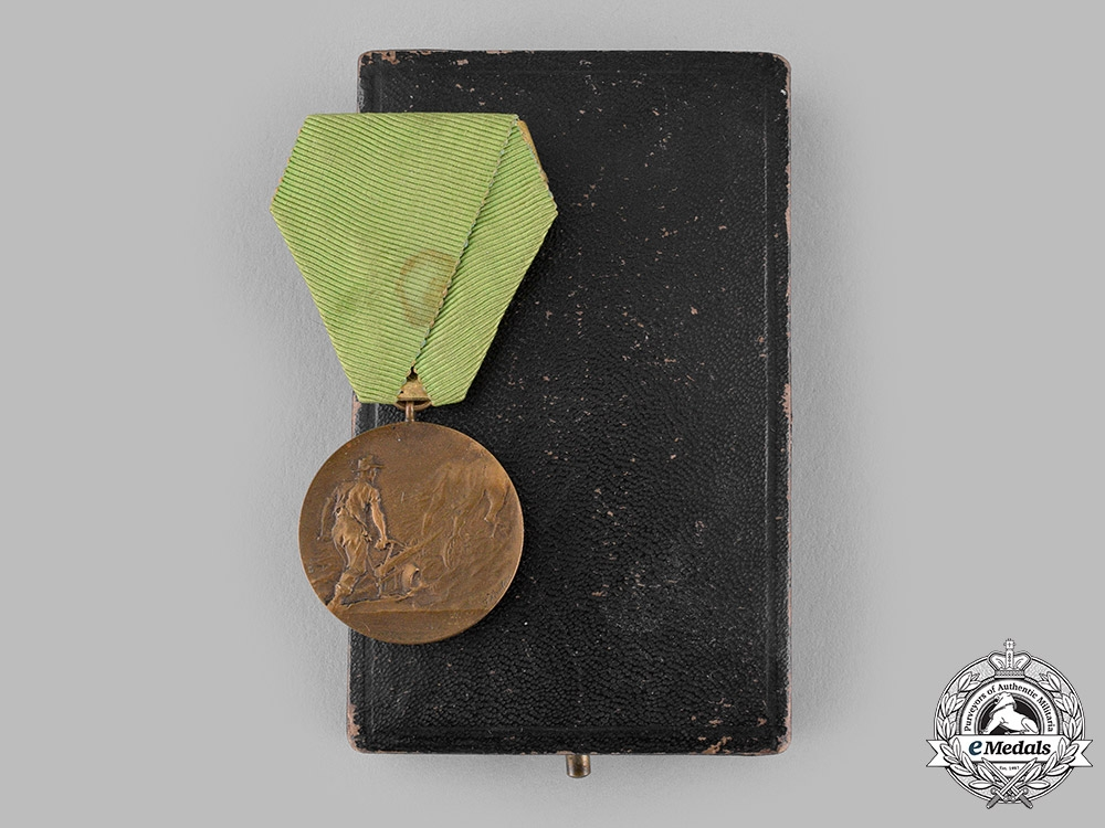 eMedals-Saxony, Kingdom. A Medal for Agricultural Merit, with Case, by Glaser & Sohn