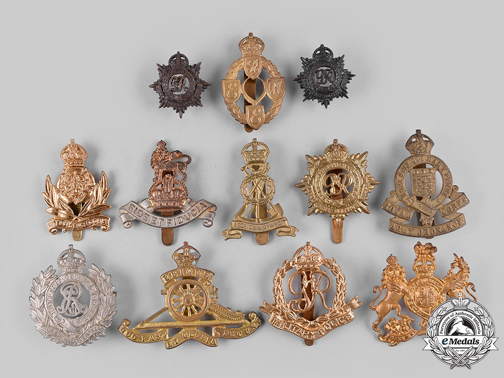 eMedals-United Kingdom. A Lot of Cap Badges