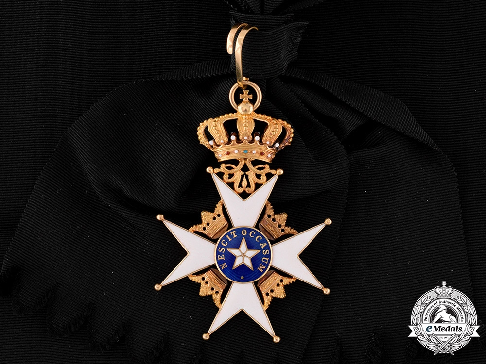 eMedals-Sweden, Kingdom. An Order of the North Star in Gold, I Class Grand Cross Badge (KmstkNO), by C.F. Carlman, c.1915