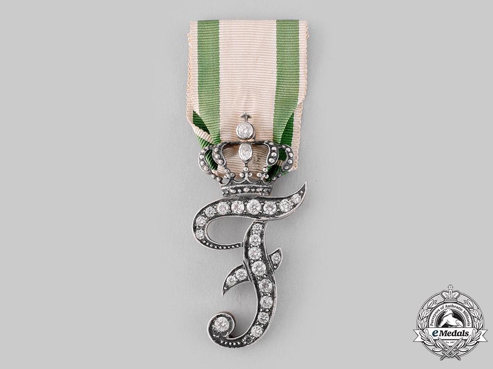eMedals-Anhalt-Köthen, Principality. A Rare Meritorious Service Award in Gold, State Officials, c.1890
