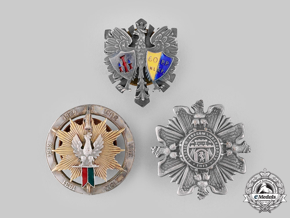 eMedals-Poland, People's Republic. Three Post-1945 Manufactured Regimental Badges