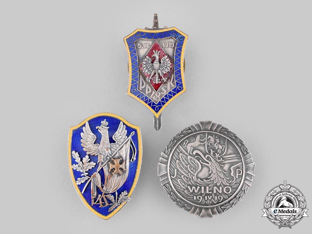 eMedals-Poland, People's Republic. Three Post-1945 Manufactured Regimental Badges
