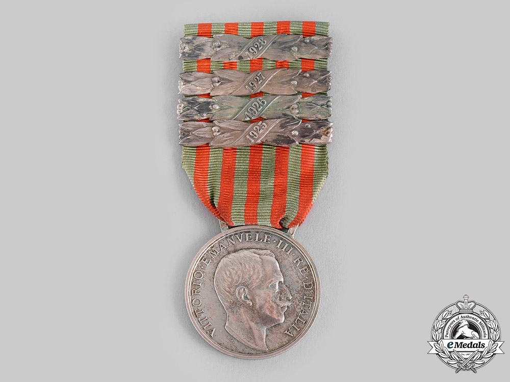 eMedals-Italy, Kingdom. A Libya Campaign Medal, Four Clasps