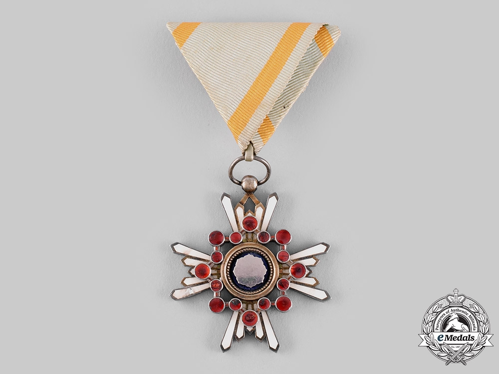 eMedals-Japan, Empire. An Order of the Sacred Treasure, V Class, c.1940