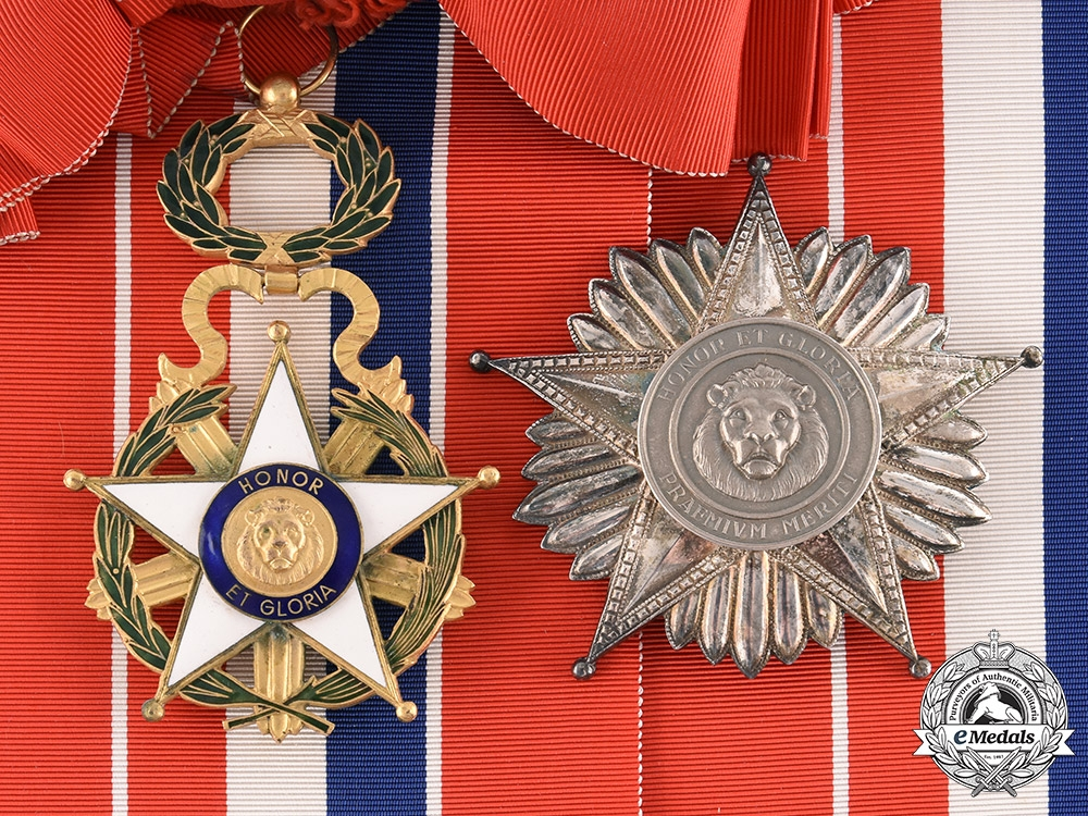 eMedals-Paraguay, Republic. A National Order of Merit, Grand Cross with Case, by Rejala, c.1970