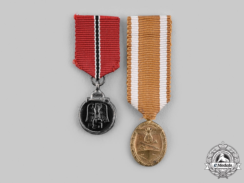 eMedals-Germany, Wehrmacht. A Pair of Miniature Medals