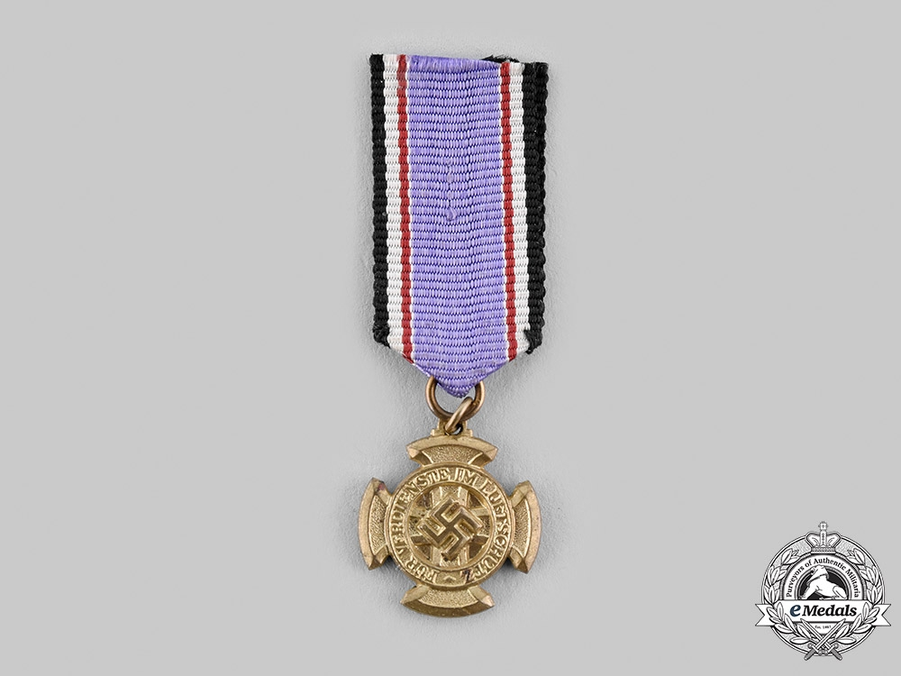 eMedals-Germany, Third Reich. An Air Protection Medal, I Class Miniature
