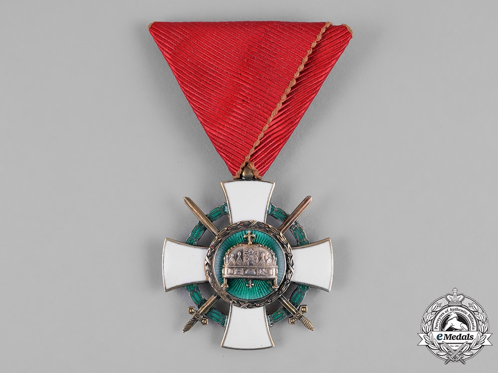 eMedals-Hungary, Regency. An Order of the Holy Crown, V Class Knight's Badge with War Decoration & Swords 1942
